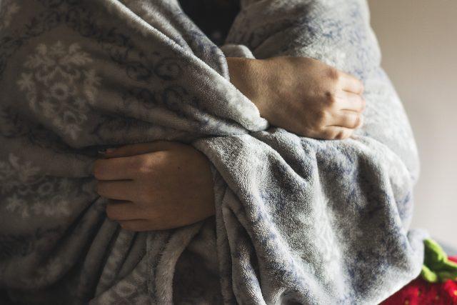 frio-pobreza-energetica-manta
